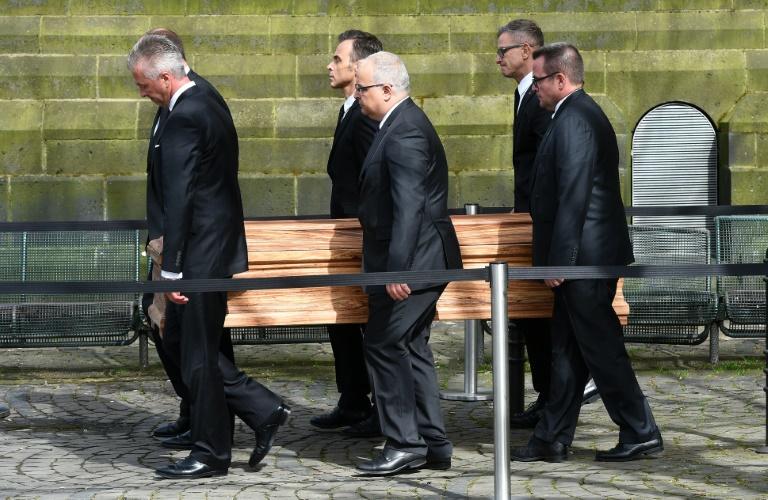 Bewegender Abschied von Ex-Außenminister Westerwelle (© 2016 AFP)
