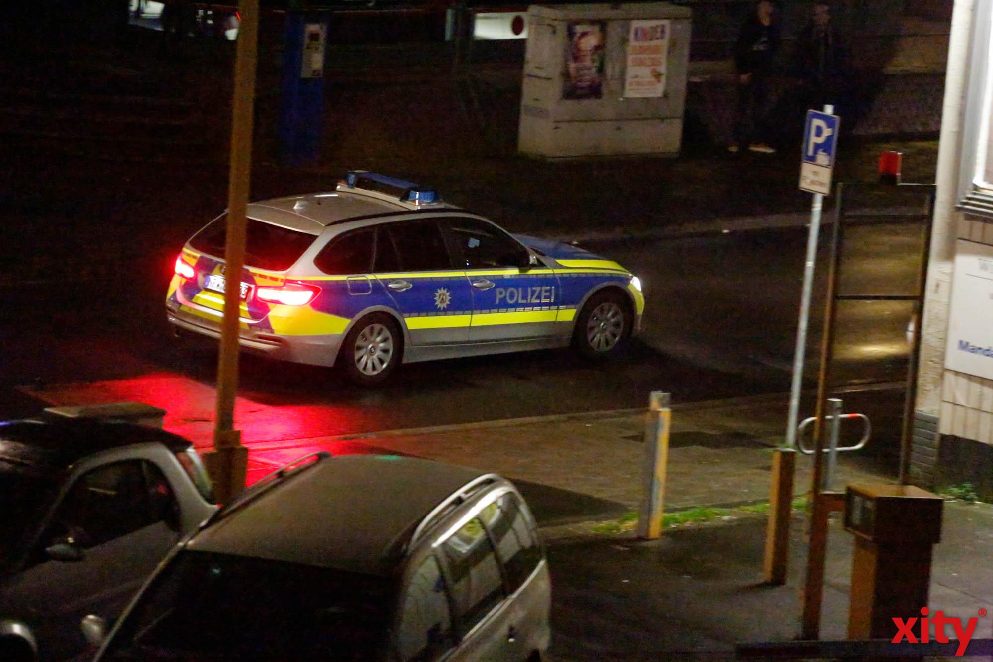 Nach der Einsatzaufnahme suchte die Polizei nach den flüchtigen Täter/n(Foto: xity)