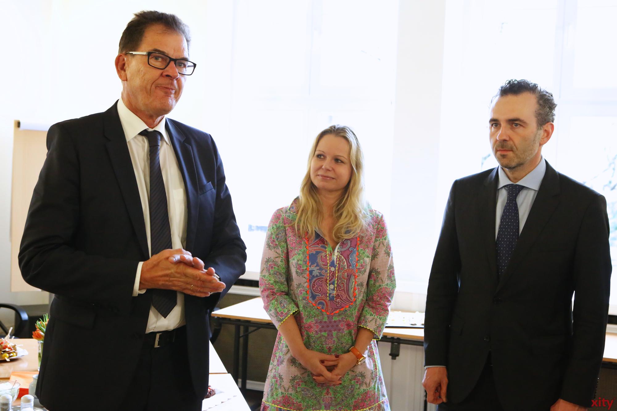 Minister Dr. Gerd Müller begrüßte die Gäste (Foto: xity)