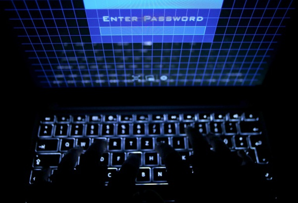 Large-scale deployment against suspected internet criminals both domestically and abroad. (© 2016 AFP)
