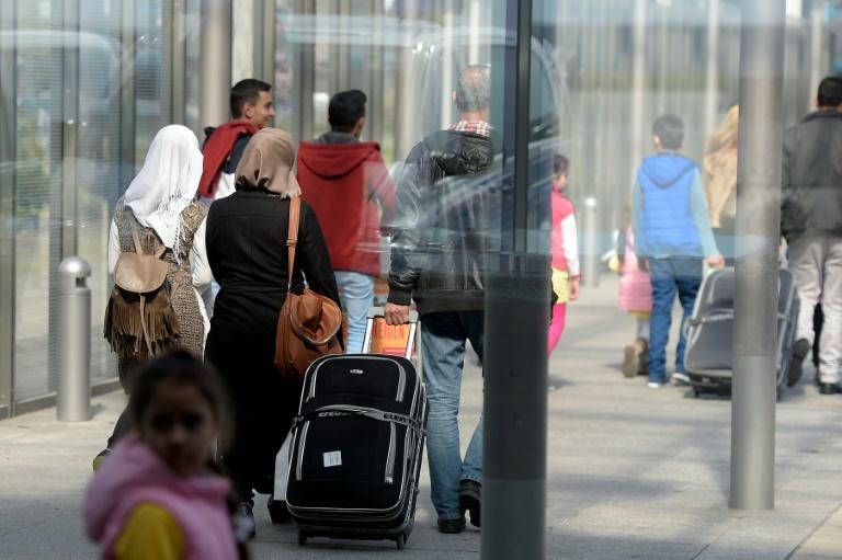 Bundespolizei behielt 2015 rund 350.000 Euro von Flüchtlingen ein (© 2016 AFP)