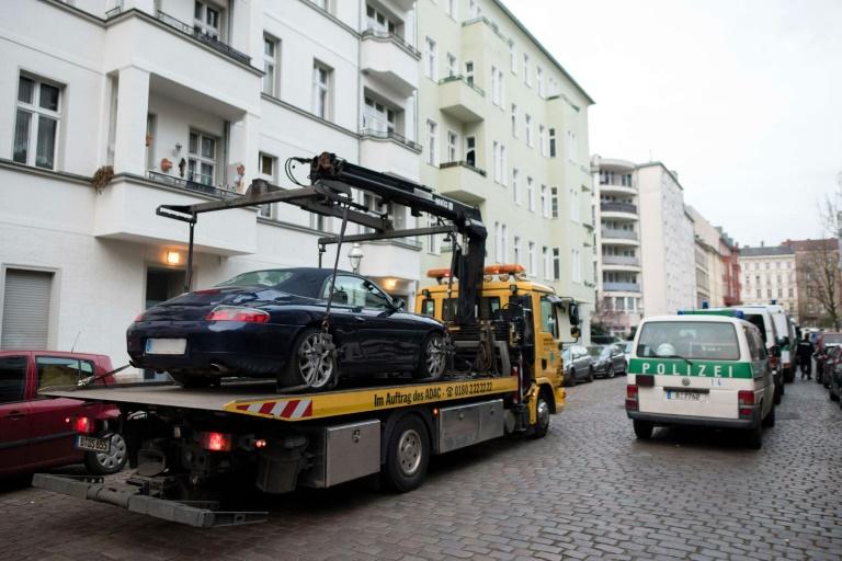 Mutmaßlich kriminelle Mitglieder von Großfamilien in Berlin festgenommen (© 2016 AFP)