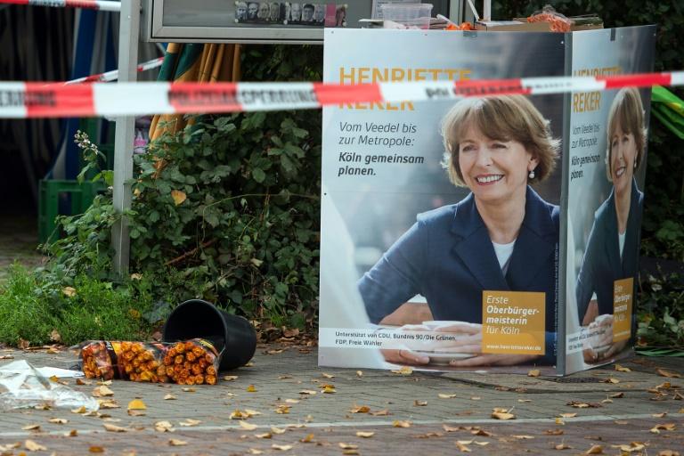 Prozess um Messerattentat auf Kölner OB Reker beginnt in Düsseldorf (© 2016 AFP)