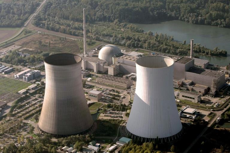 Stuttgarter Minister für verschärfte Meldepflicht nach Täuschung in Atommeilern (© 2016 AFP)