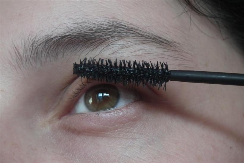 Schluss mit tristem Make-up: Im Frühling sind knallige Farben angesagt (Foto: xity)