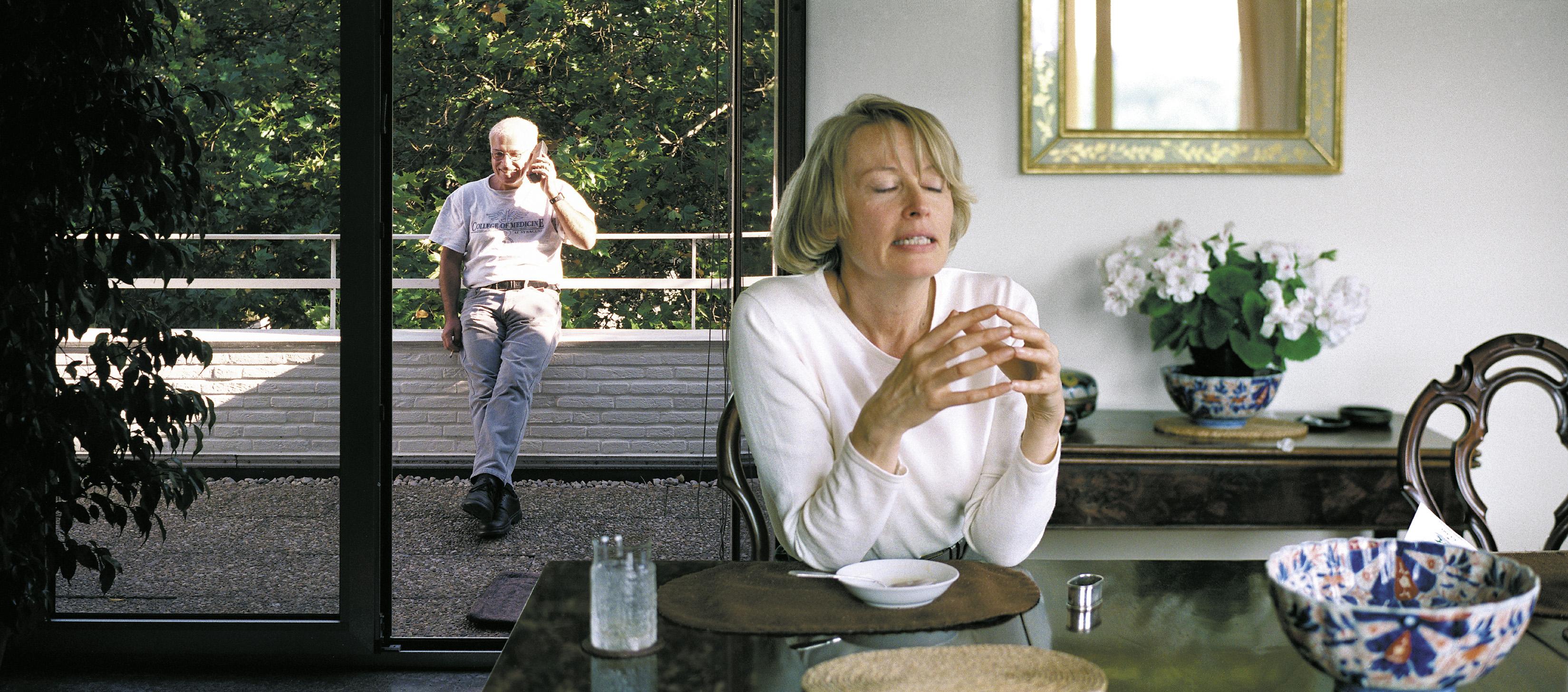 Christopher Muller, Lunch, 2000, C-Print hinter Acrylglas, 52x118 (Copyright: C. Muller