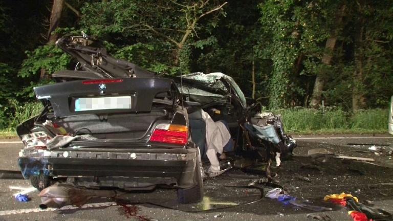 Vier Menschen sterben bei schwerem Verkehrsunfall in Nordrhein-Westfalen (© 2016 AFP)