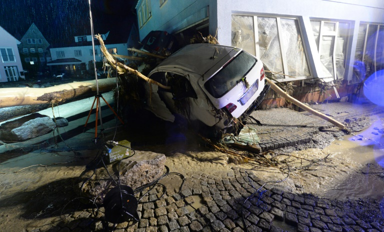 Vermutlich drei Tote wegen Unwettern in Baden-Württemberg (© 2016 AFP)