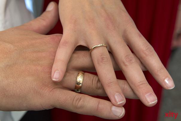 Josef und Charlotte Kolar aus Rath feiern am Donnerstag  ihr 65. Ehejubiläum, die Eiserne Hochzeit (Foto: xity)