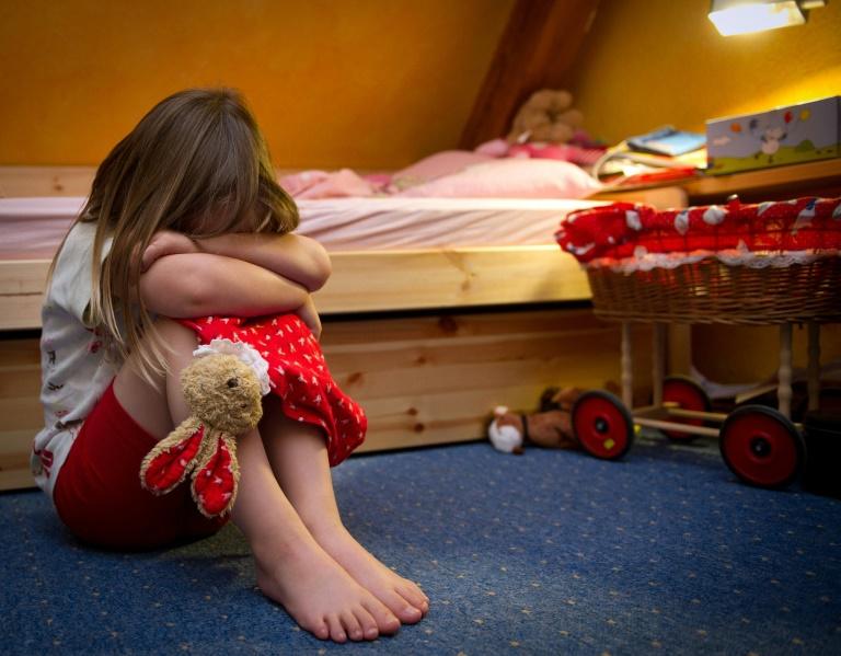 130 Kinder starben im vergangenen Jahr in Deutschland durch Tötungsdelikte (© 2016 AFP)