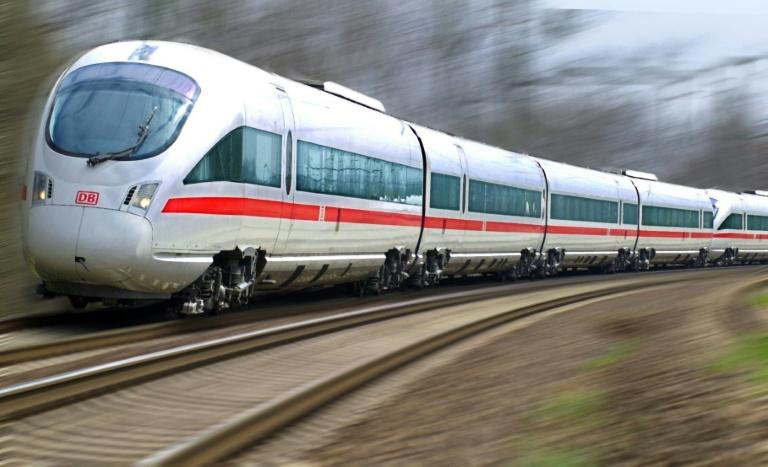 Deutsche Bahn feiert 25 Jahre ICE (© 2016 AFP)