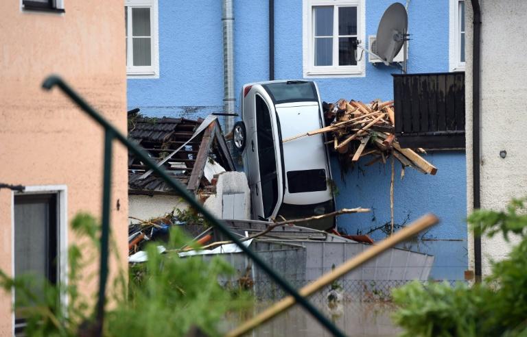 Fünf Tote bei Überschwemmungen in Niederbayern und Frankreich (© 2016 AFP)