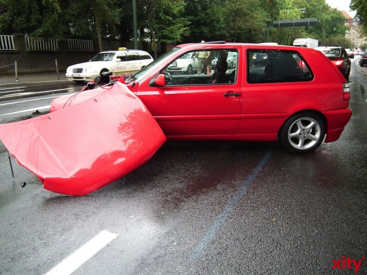 Durch Verkehrsunfälle von Promillefahrern fallen jedes Jahr Kosten von mehr als einer Milliarde Euro an (Foto: xity)