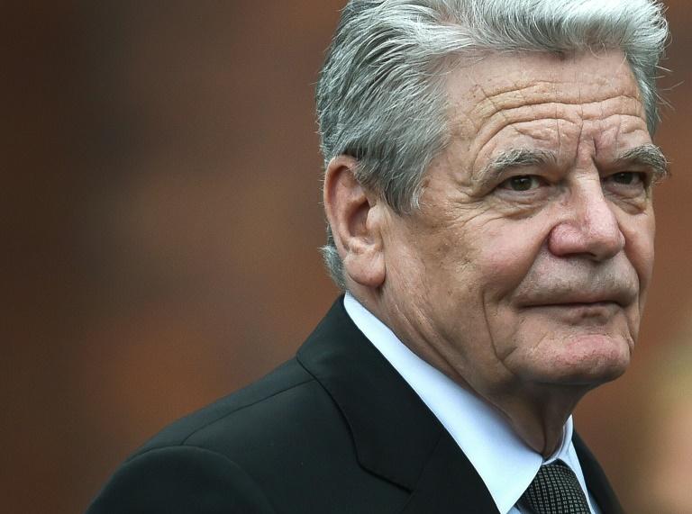 Gauck gibt um 12.00 Uhr eine Erklärung ab (© 2016 AFP)
