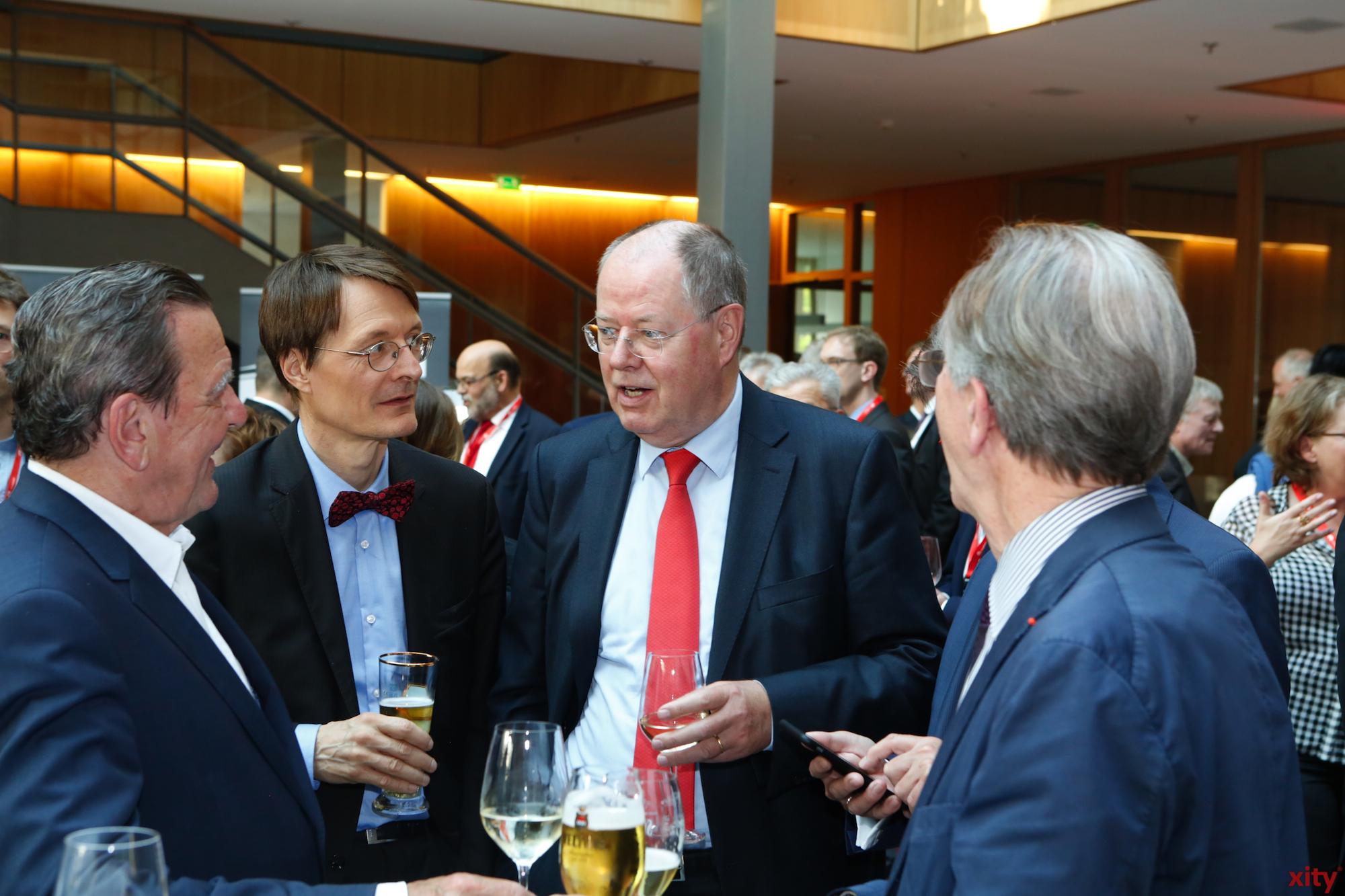(v.l.) Gerhard Schröder, Karl Lauterbach MdB, Peer Steinbrück und Franz Müntefering (Foto: xity)