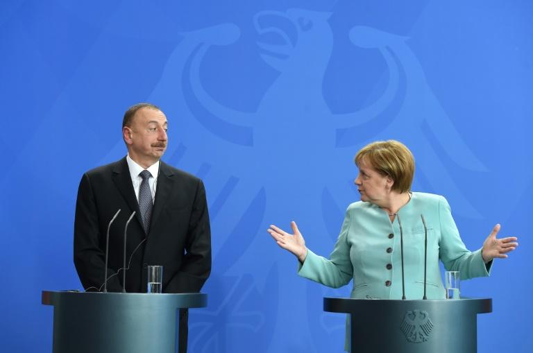 Deutschland will als OSZE-Vorsitzender im Konflikt um  Berg-Karabach vermitteln (© 2016 AFP)