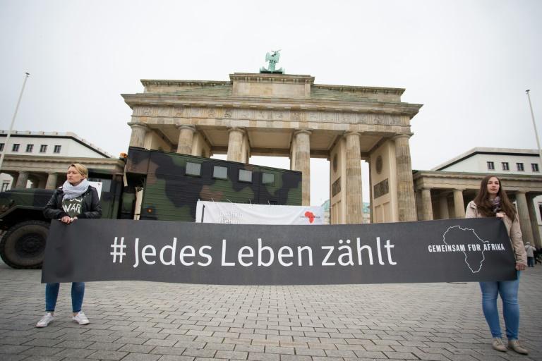 Deutsche Rüstungsschmieden exportieren deutlich weniger Kleinwaffen (© 2016 AFP)
