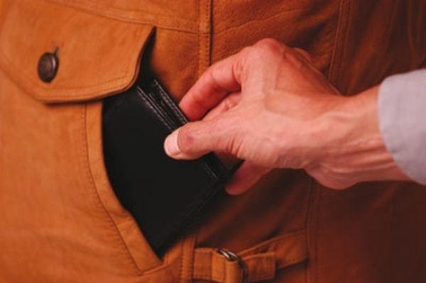 Achtung Taschendiebe (Foto: OTS)