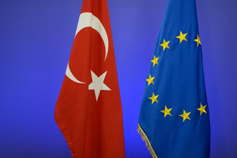 Bundesregierung: Türkei hält sich bei Flüchtlingsabkommen an Zusagen (© 2016 AFP)