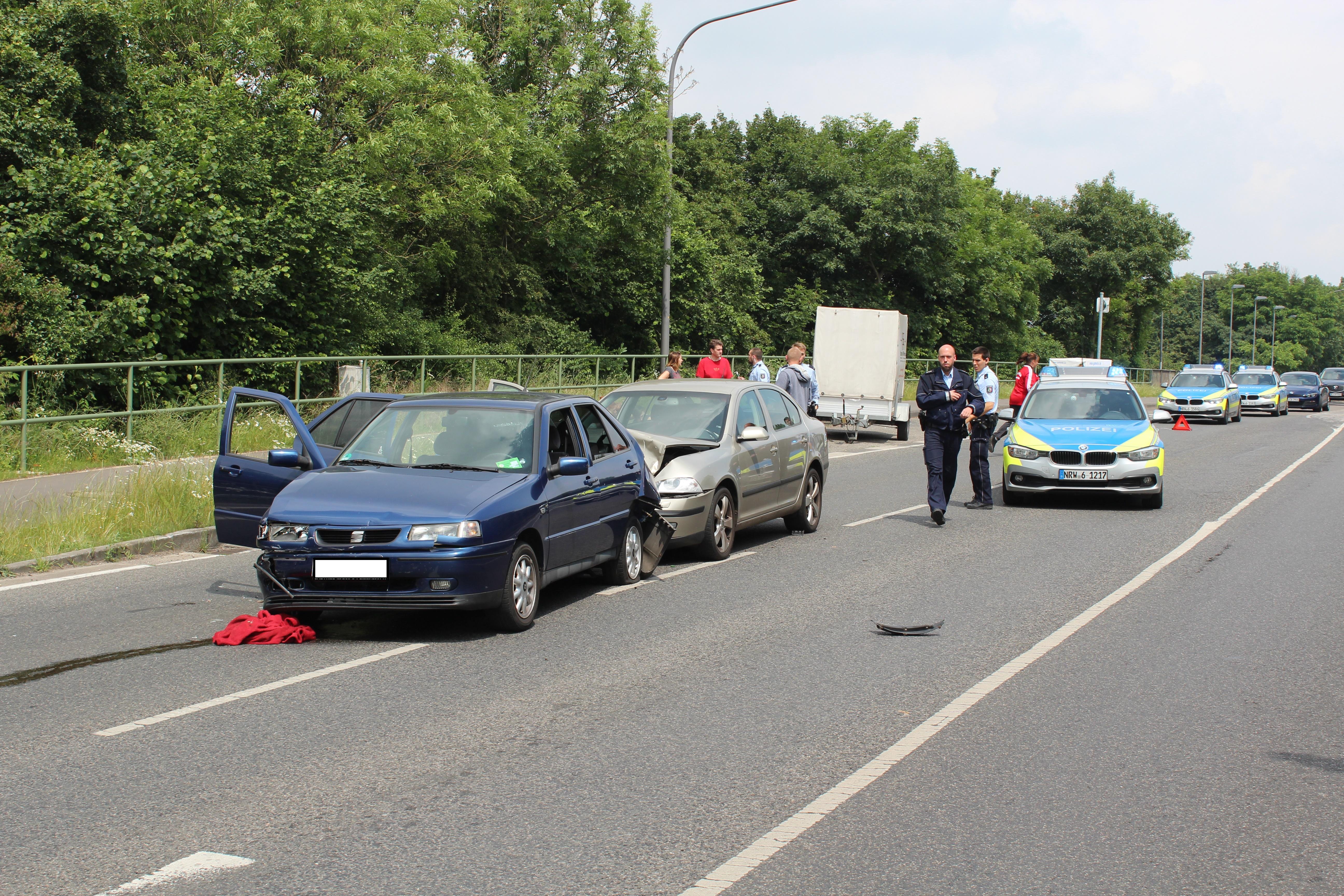Autofahrer unter Alkoholeinfluss verursacht Unfall (Foto: OTS)
