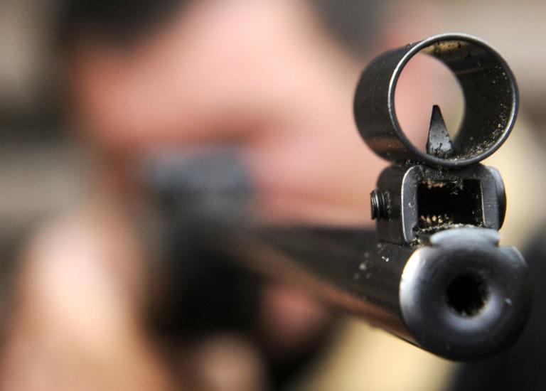 21-Jähriger schießt mit Luftgewehr auf Flüchtlingsunterkunft (© 2016 AFP)