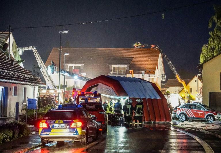 Schwere Schäden durch Windhose in Baden-Württemberg (© 2016 AFP)