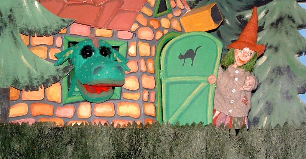 """""""Der kleine Drache"""" (Foto: Puppentheater Helmholtzstraße)"""