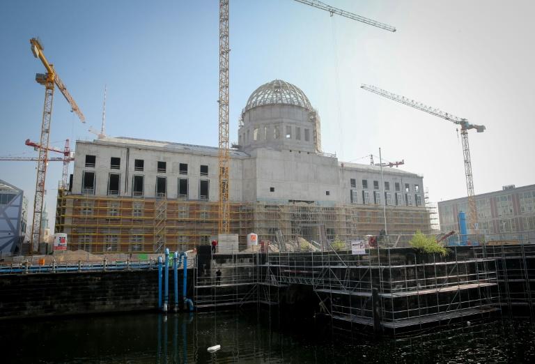 Ostdeutsche Politiker dringen auf Umsetzung des Einheitsdenkmals (© 2016 AFP)