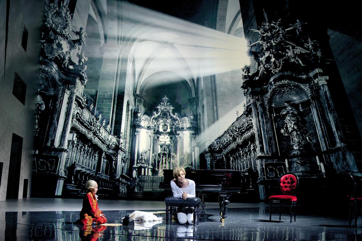 """""""Mozart! - Das Musical"""" gastiert in Duisburg (Foto: VBW Deen van Meer)"""