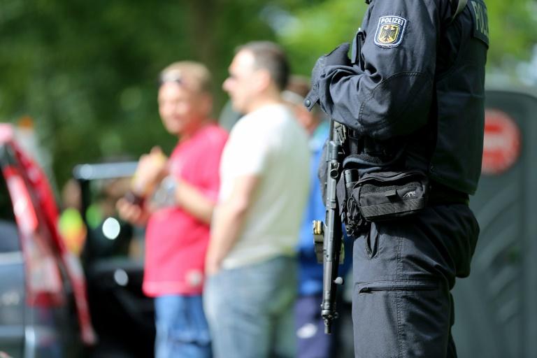Rund 300 deutsche Hooligans bei EM in Frankreich (© 2016 AFP)