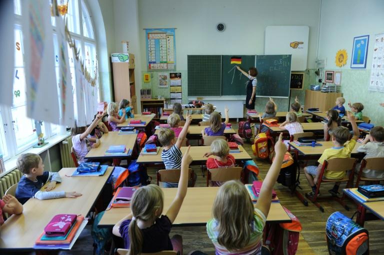 Rund 1000 Grundschulen in Deutschland fehlt die Leitung (© 2016 AFP)