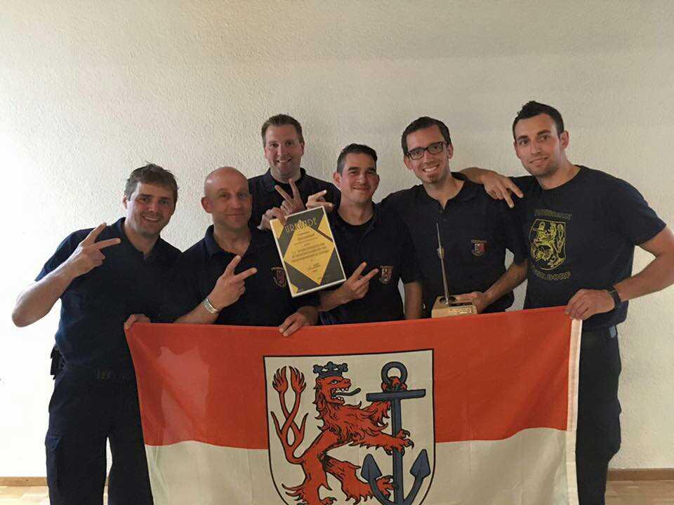 Jörg Janssen, Michael Gelien, Volker Thyssen, Mathias Nolten, Tobias Wilkomsfeld und Florian Dvorak (Foto: Feuerwehr Düsseldorf)