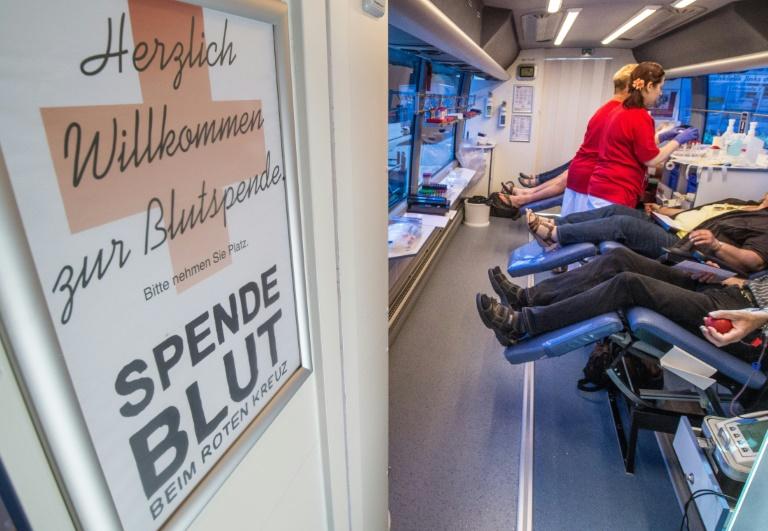 Gröhe offen für Lockerung von Blutspendeverbot für Homosexuelle (© 2016 AFP)