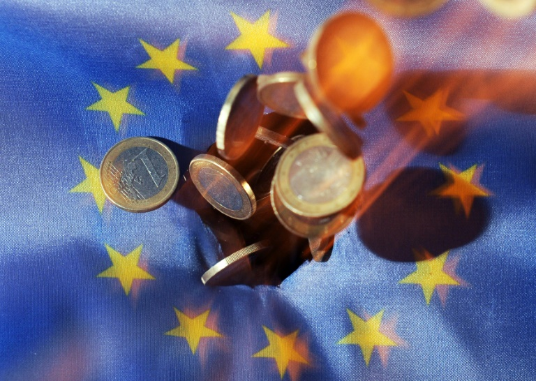Karlsruhe weist Klagen gegen EZB-Anleihenkaufprogramm zurück (© 2016 AFP)