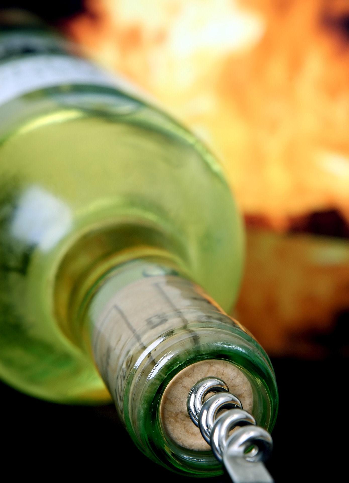 Betrunken auf dem Spielplatz (Foto: OTS)