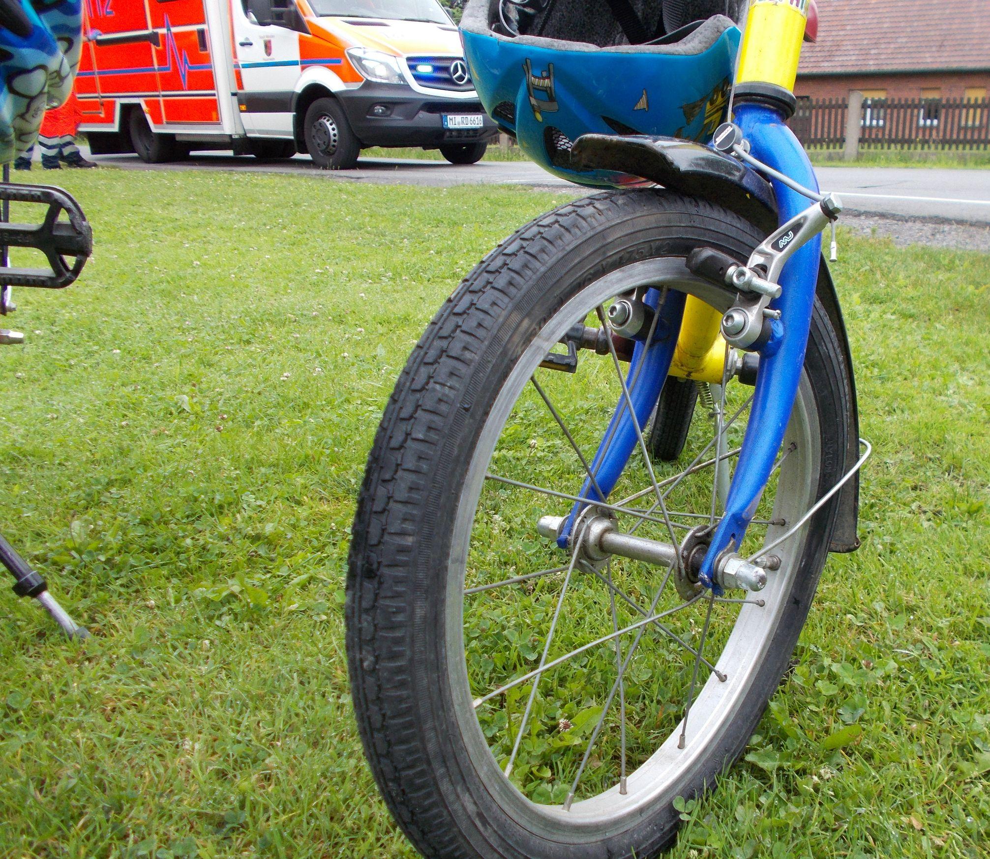 Verkehrsunfall mit Traktor (Foto: OTS)