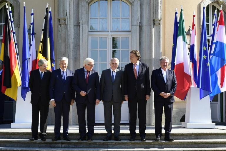 EU-Außenminister drängen Großbritannien zu zügigem Austrittsverfahren (© 2016 AFP)