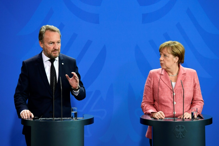 Merkel sagt Bosnien Unterstützung auf dem Weg in die EU zu (© 2016 AFP)