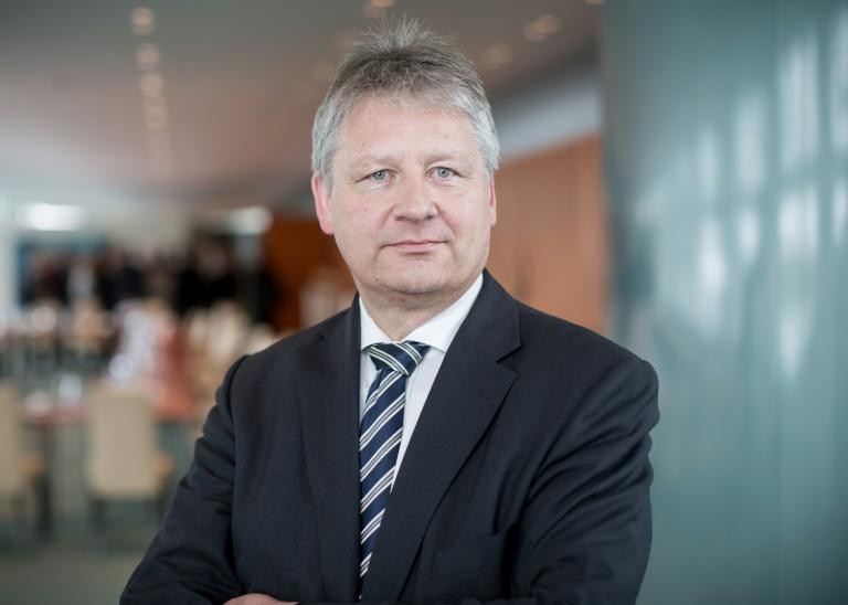 Neuer BND-Chef Kahl wird in sein Amt eingeführt (© 2016 AFP)