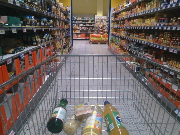 Umfrage bei elf Supermärkten und Discountern: Abschied von der Gratistüte (Foto: xity)