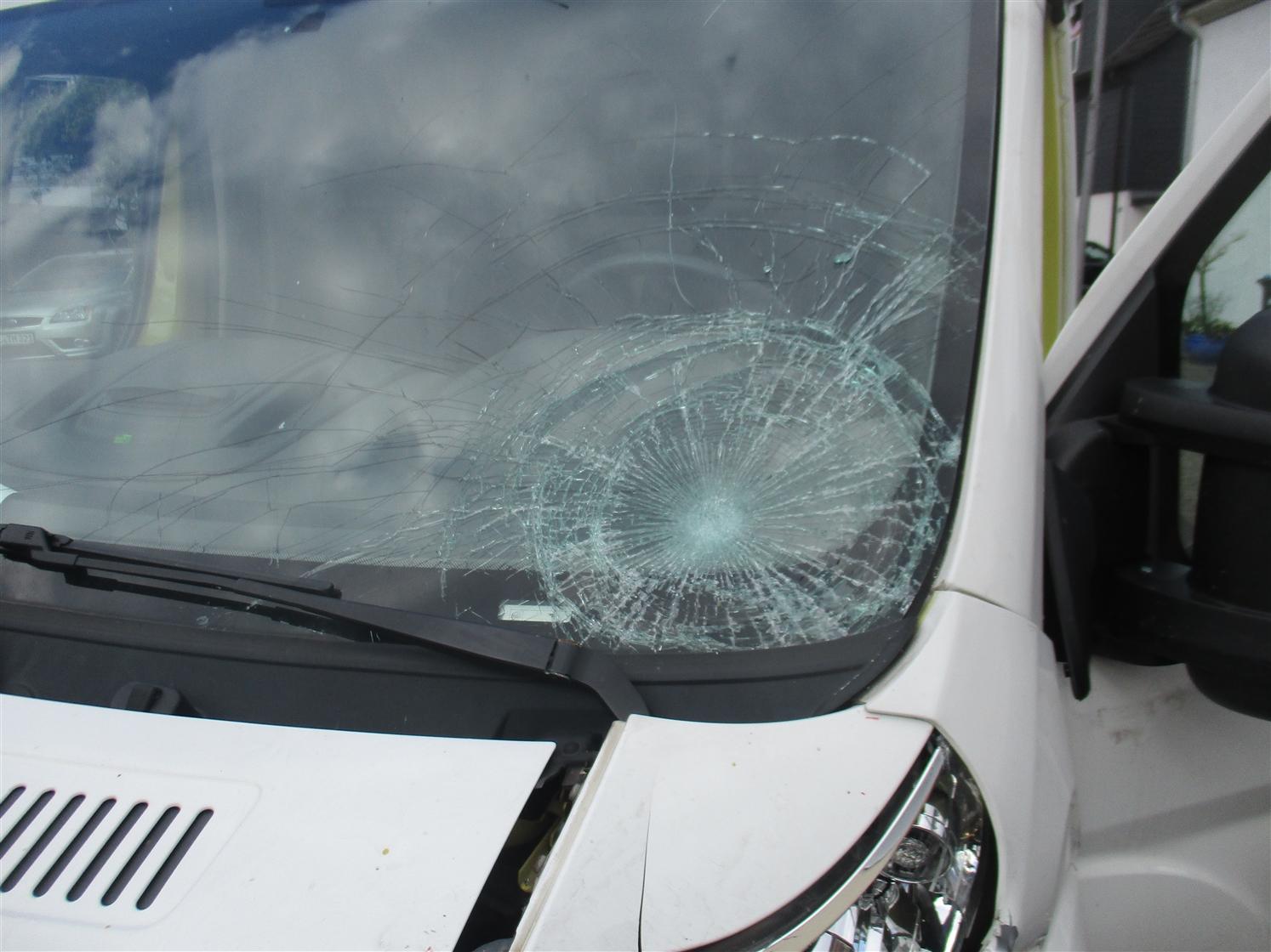 Tief stehende Sonne blendet PKW-Fahrer (Foto: OTS)