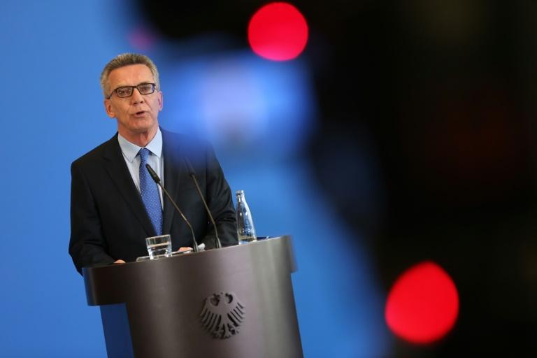 Bundesinnenminister schließt Abschiebungen nach Syrien aus (© 2016 AFP)