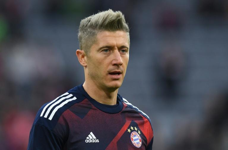 Artikel | | | Bayern-Stürmer Robert Lewandowski kann sich ...