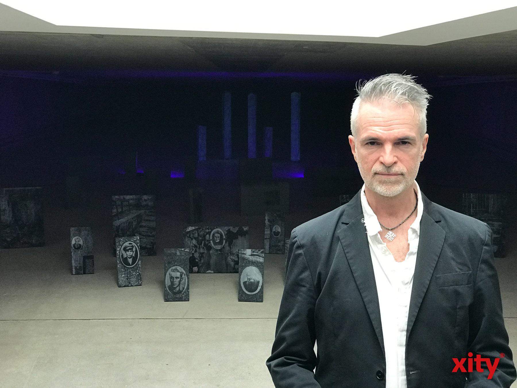 Der Berliner Künstler Manuel Schroeder befasst sich mit dem Material Beton (Foto: xity)